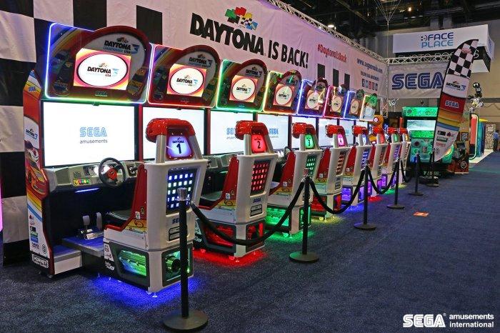 Daytona_3_Arcade.jpg