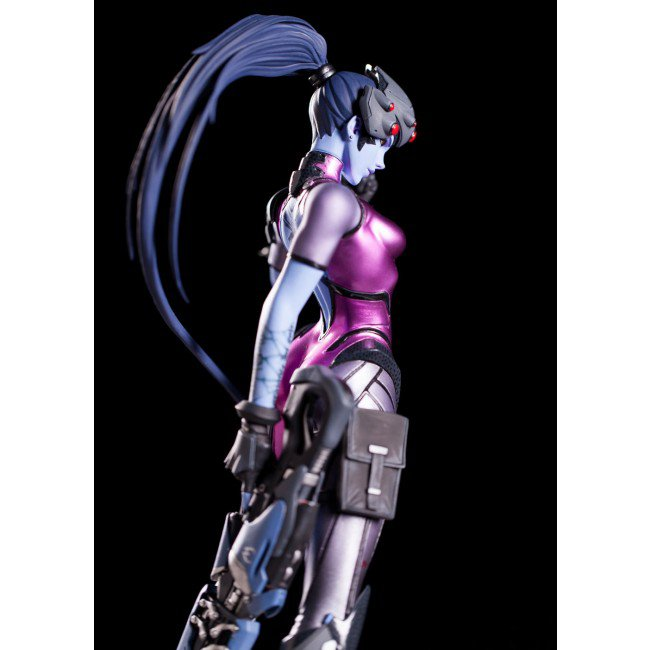 widowmaker_statue_05