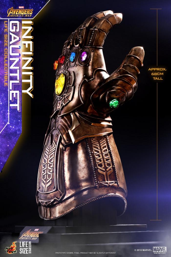 hot-toys-infinity-gauntlet-replica-02
